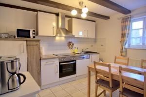 Urlaub im Fachwerk - Klink, Appartamenti  Quedlinburg - big - 63