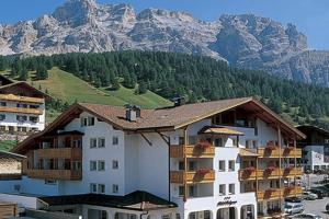 Hotel Falzares - AbcAlberghi.com