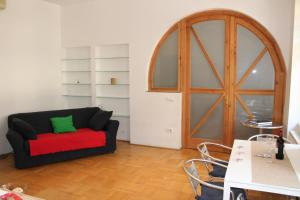 Kiona Apartment