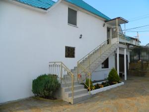 Guest House on Pravoslavnaya 20 B - Orel-Izumrud