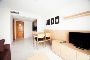 Aparthotel Acuazul