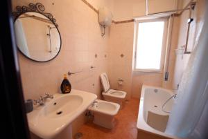 B&B Le Perle, Bed and breakfasts  Portici - big - 44