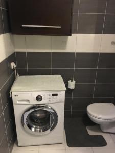 Apartament w Wesołej