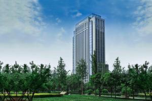Hilton Xi