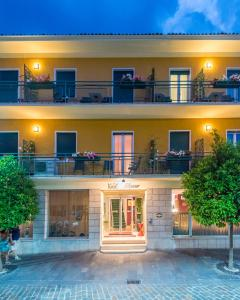 Hotel Alpino, Szállodák  Malcesine - big - 99