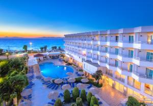 Lito Hotel, Иксиа