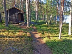 Holiday Home Lomatalo laurinniemi, Nyaralók  Luikonlahti - big - 5