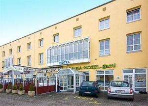 Bavaria Safari Hotel - Karlsfeld