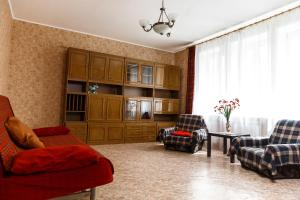 2-к квартира, 75 м², 2эт. - Chernovka
