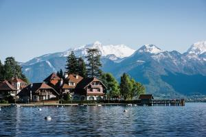 Location gîte, chambres d'hotes Auberge Du Père Bise - Jean Sulpice dans le département Haute Savoie 74