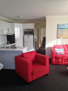 Beaches Serviced Apartments, Aparthotels  Nelson Bay - big - 11