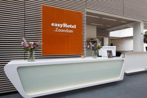 easyHotel Amsterdam Zaandam, 1506 CK Zaandam