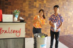 Feung Nakorn Balcony Rooms and Cafe, Szállodák  Bangkok - big - 80
