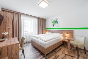 Hotel City Rooms Wels contactless check-in
