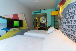 Standard Twin Room ibis Styles Tbilisi Center