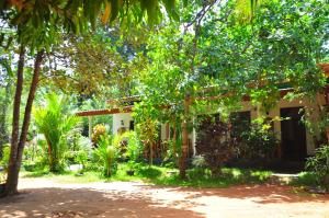 Sigiri Rock Side Home Stay