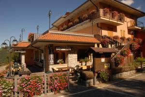 Albergo Legazzuolo Montecampione - AbcAlberghi.com