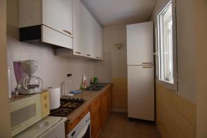 appartement F1 accessible même au pers handicapé, Ferienhäuser  Barrettali - big - 2
