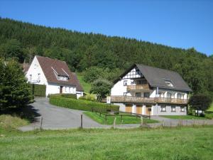 Pension-Gästehaus Waldhof, Vendégházak  Winterberg - big - 31
