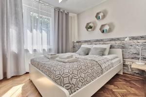 Tyzenhauz Apartments - Classic