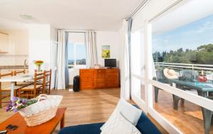 Apartaments Els Llorers, Апарт-отели  Льорет-де-Мар - big - 45