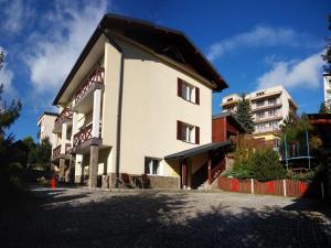 Willa Lubicz Apartamenty Rodzinne w Krynicy Zdroju