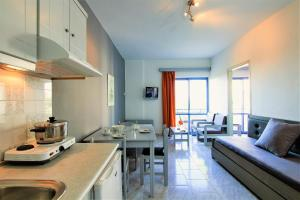Balito, Aparthotels  Kato Galatas - big - 54