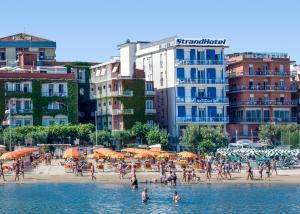 Strand Hotel, Hotels  Gabicce Mare - big - 100
