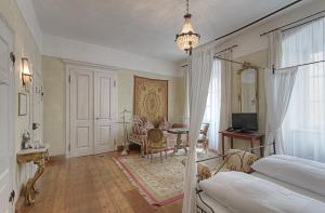 Hotel Orphée - Großes Haus, Hotel  Ratisbona - big - 37