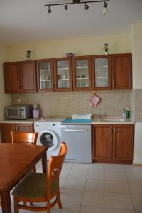 Iris Apartments, Apartmány  Sveti Konstantin i Elena - big - 63