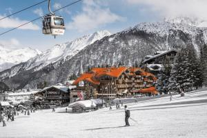 Hotel Grandes Alpes - Courchevel