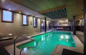 Chalet des Neiges : La Cime Des Arcs - Hotel - Arc 2000