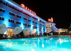 Ramada Plaza by Wyndham Gevgel..
