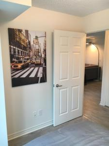 Executive 3 Bedroom Condo, Ferienwohnungen  Toronto - big - 35