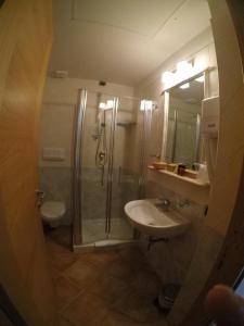 Zweibett- oder Doppelzimmer Prestige Cala Sisine mit Bergblick