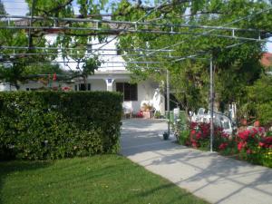 Gvačić House, Апартаменты  Supetarska Draga - big - 27