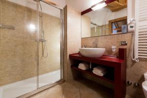 Hotel Maso del Brenta, Отели  Кадерцоне - big - 4