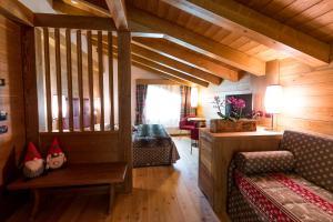 Hotel Maso del Brenta, Отели  Кадерцоне - big - 3