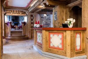 Hotel Maso del Brenta, Отели  Кадерцоне - big - 20