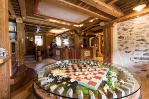 Hotel Maso del Brenta, Отели  Кадерцоне - big - 22