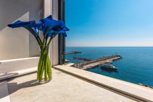 Dimore De Luca- Sea View - AbcAlberghi.com