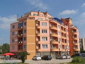 Apartments Georgos