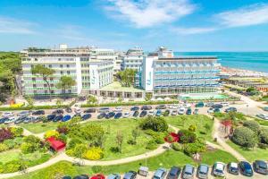 Fabilia Family Resort Milano Marittima - AbcAlberghi.com