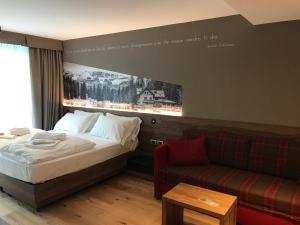 Dolomeet Boutique Hotel, Отели  Пинцоло - big - 56