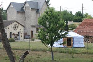 Location gîte, chambres d'hotes Les Yourtes Bourcominoises dans le département Aisne 2