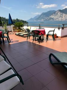 Hotel Antonella, Hotels  Malcesine - big - 16