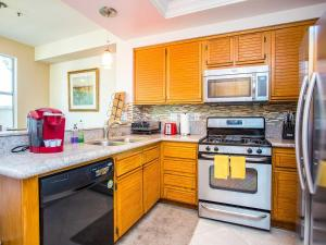 Trabuco Townhome #1097907 Townhouse - Lake Forest