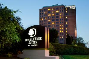 Doubletree Suites Boston-Cambridge (1 of 50)