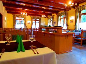 Odvaskő Étterem és Panzió - Döbrönte