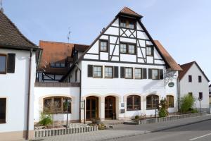 Hotel Restaurant Jägerhof - Abenberg